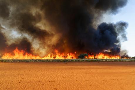 Taking action on air quality decline amid bushfires | Safe-T-Bulletin | NSCA Foundation